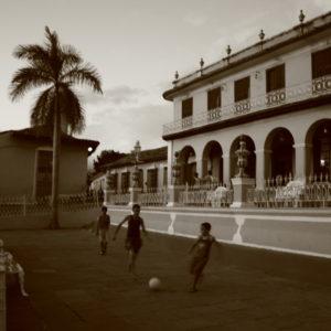 Reise Hunter Kuba Trinidad street soccer