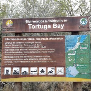 Reise Hunter Galapagos TortugaBay Welcome