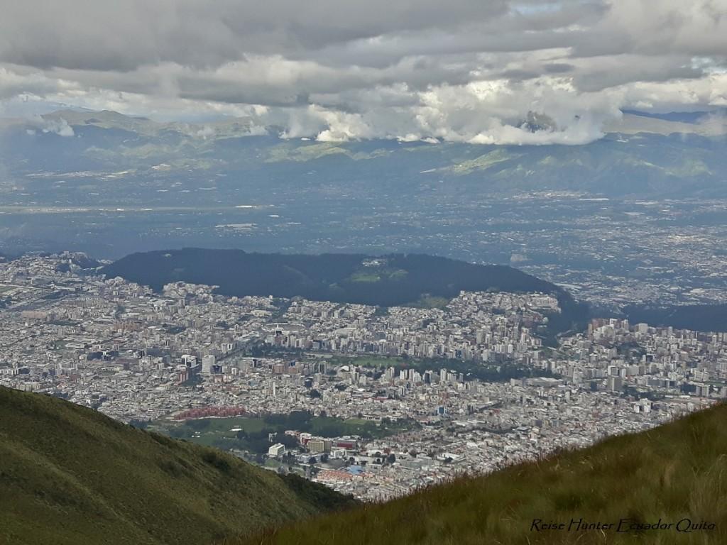 Reise Hunter Quito aus 4.100 m Höhe