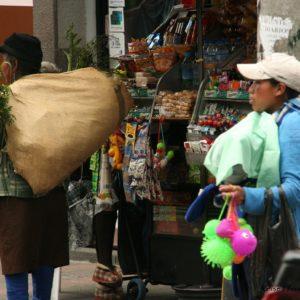 Reise Hunter Quito Straßenverkauf