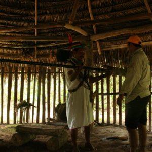 Reise Hunter Amazonas Schamane Jagd