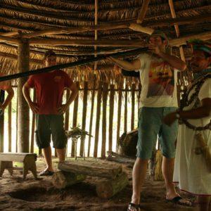 Reise Hunter Amazonas Schamane Jagd D