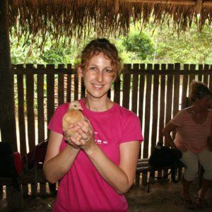 Reise Hunter Amazonas Dorf Huhn J