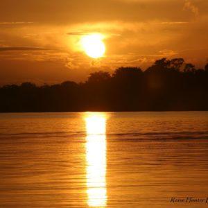 Reise Hunter Amazonas Sonnenuntergang2