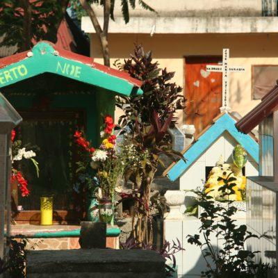 Reise Hunter Mexiko Friedhof bunt Tulum 2