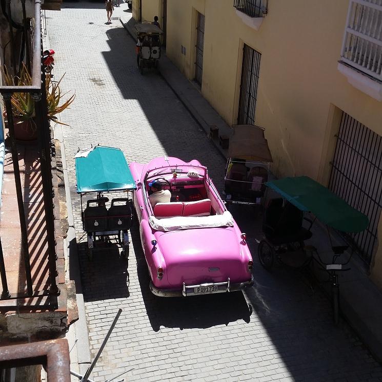 Reise Hunter Kuba Havana Cadilac pink