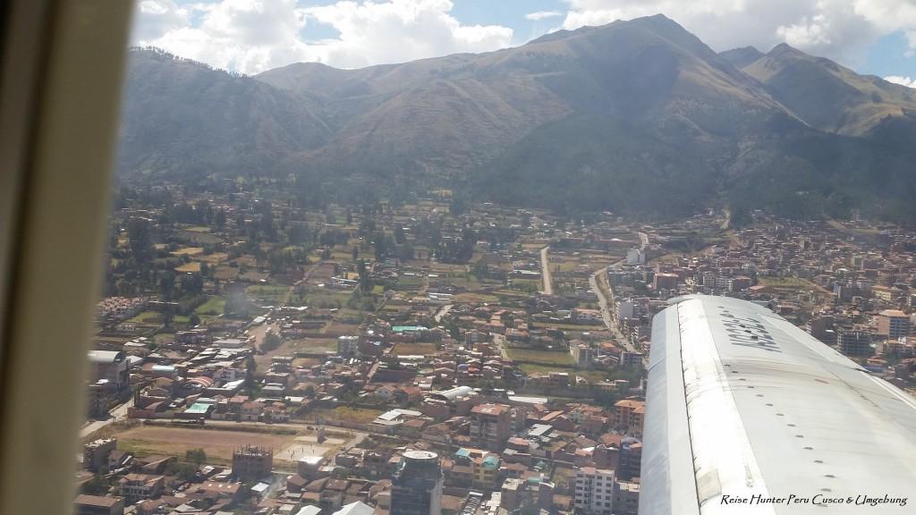 Reise Hunter Peru Anflug über Cusco