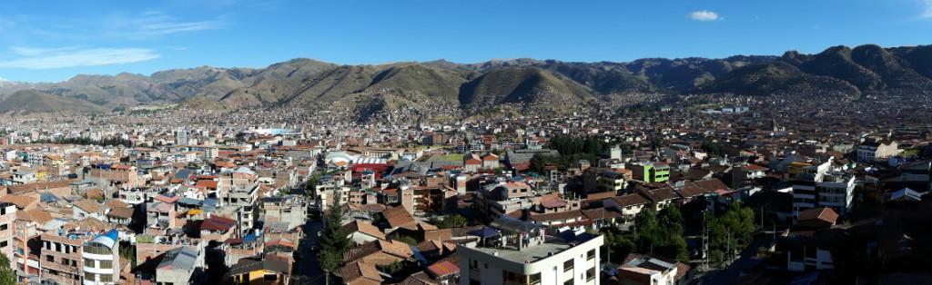 Reise Hunter Peru Cusco Panorama Titel