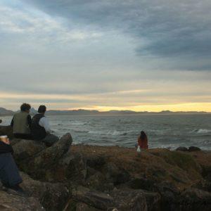 Reise Hunter Australien Byron Bay Sonne geht unter Menschen