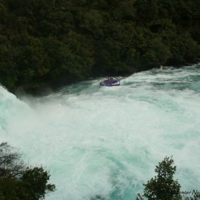 Reise Hunter Neuseeland Huka Falls Boot