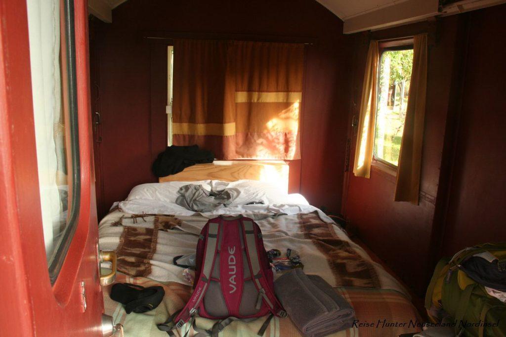 Reise Hunter Neuseeland Raglan Camping innen