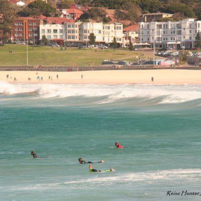 Reise Hunter Australien Sydney Bondi Beach Surfer