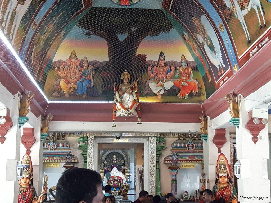 Reise Hunter Singapur Little India Tempel Wandgemälde
