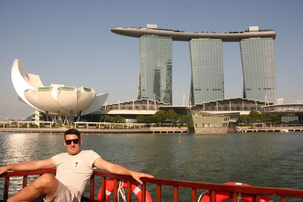 Reise Hunter Singapur Marina Bay Tower Bootstour