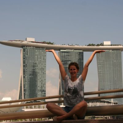 Reise Hunter Singapur Marina Bay Tower Hebefigur 2