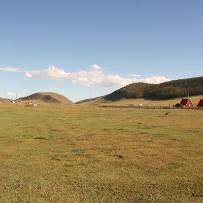 Reise Hunter Mongolei Übernachtung Holzhaus3