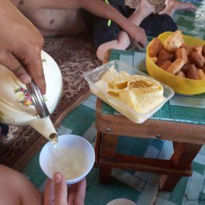 Reise Hunter Mogolei Essen Tee und Gebäck