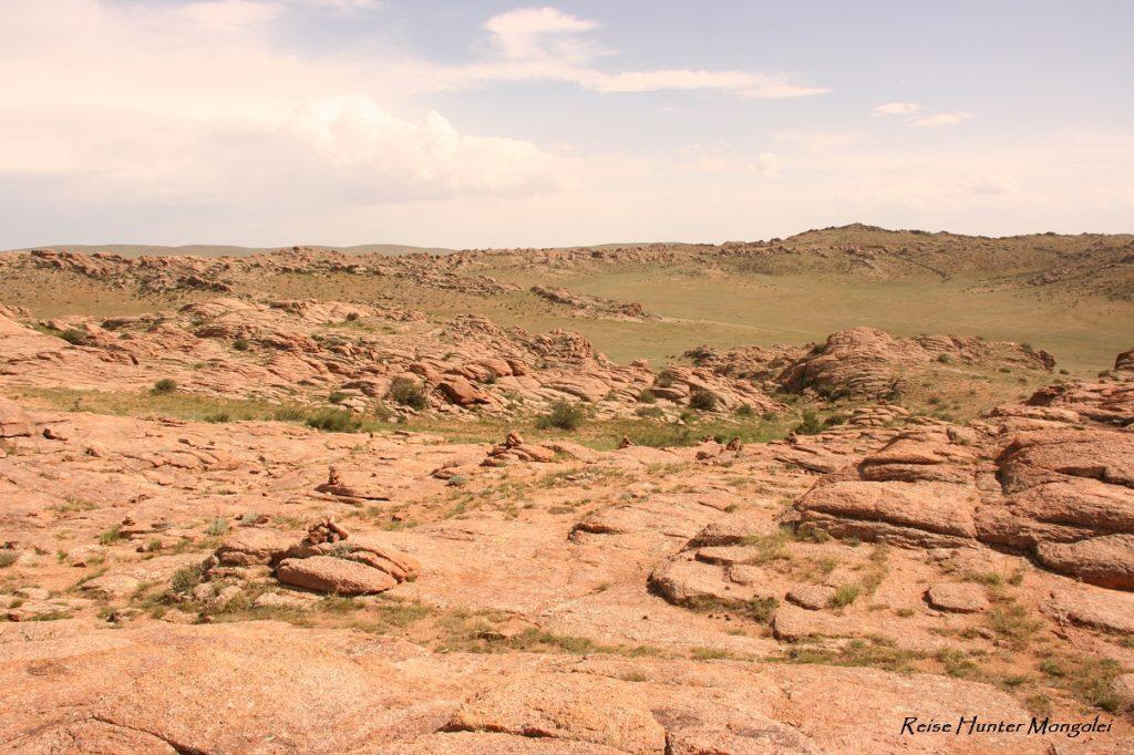 Reise Hunter Mongolei Fels4