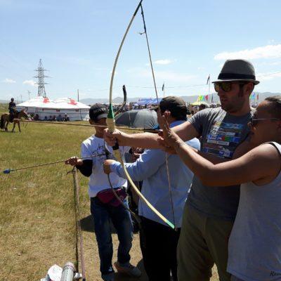 Reise Hunter Mogolei Nadaam Bogenschießen für Touristen