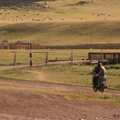 Reise Hunter Mongolei Motorrad2