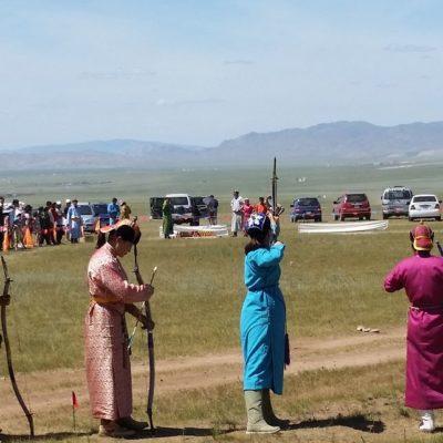 Reise Hunter Mongolei Nadaam Fest Bogenschießen