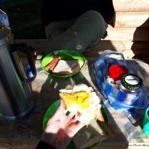 Reise Hunter Mongolei Seecamp Frühstück