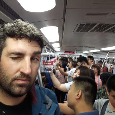 Reise-hunter-peking Metro kleine Menschen