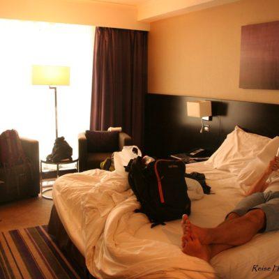 Reise Hunter Dubai Hotel Zimmer